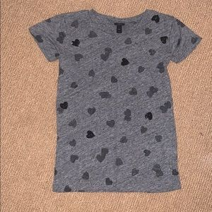 Woman's crew grey shirt with black hearts